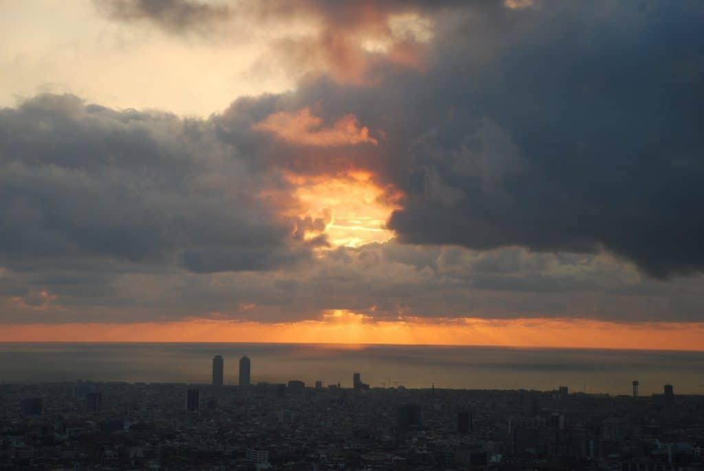 Barcelona 811126 1280
